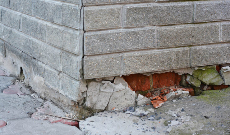 10 Warning Signs That Your Foundation Needs Repair ASAP